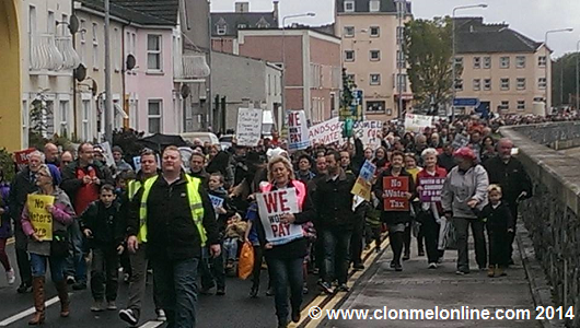 Hundreds turn out in Clonmel to say NO to Water Charges