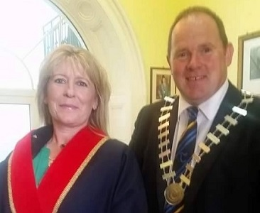 Cllr Andy Moloney takes up position as new Mayor